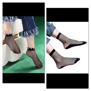 Accessories - 2 Sexy fishnet ankle socks + bonus
